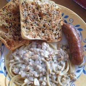 Linguini with White Clam Sauce