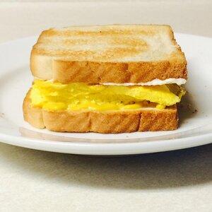 Tom's Scrambled Egg Sandwich