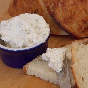 Roasted Garlic Romano Butter (Spaghetti Warehouse® Copycat)