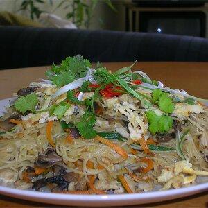 Shrimp Fried Noodles - Thai-Style