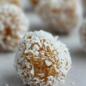 Qumbe (East African Coconut Candy)