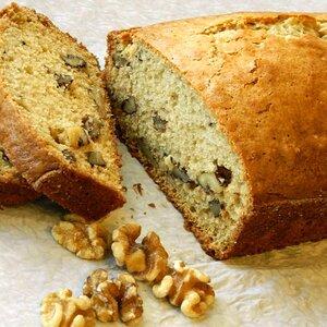 Lauri's Yummy Nut Bread
