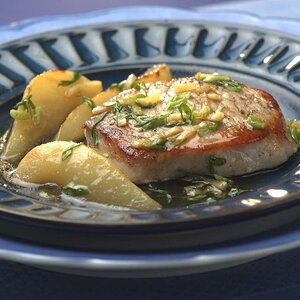 Pork Chops with Pear & Ginger Sauce
