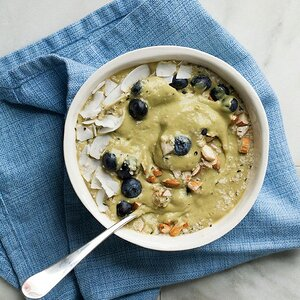 Green Tea-Peach Smoothie Bowl