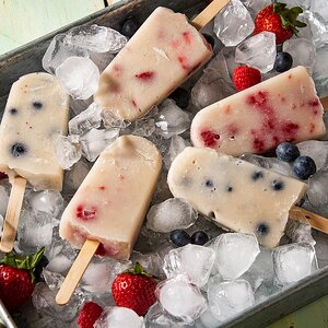 Vanilla Pops with Fresh Berries
