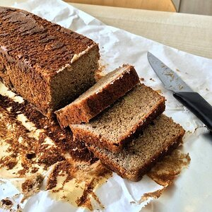 Olive Oil Banana Bread with Almond Flour