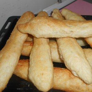 Kim's Garlic Breadsticks