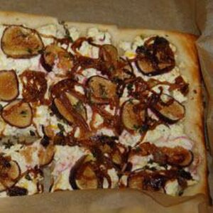 Puff Pastry with Figs, Goat Cheese, and Caramelized Onion