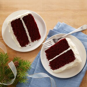 Classic Waldorf Red Cake