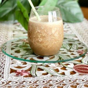 Honeydew Juice With Chocolate Syrup