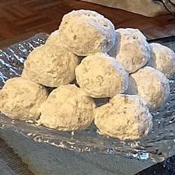 Grandma's Pecan Cookie Balls