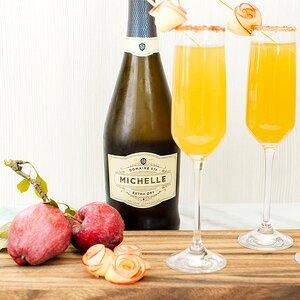 Sparkling Apple Cider Mimosa