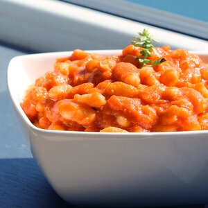 Tuscan White Beans in Tomato Sauce
