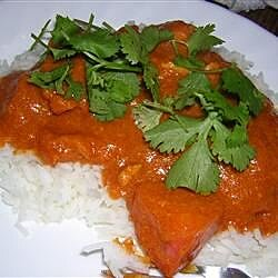 Burmese Chicken Curry (Gaeng Gai Bama)