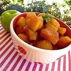 Chunky Cinnamon-Orange Applesauce
