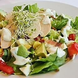 Grilled Chicken, Tomato and Baby Greens Salad with Blue Cheese