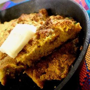 Crackling Cornbread