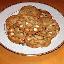 Galletas de chocolate blanco y macadamia
