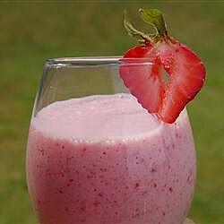 Licuado de fresa y yogurt