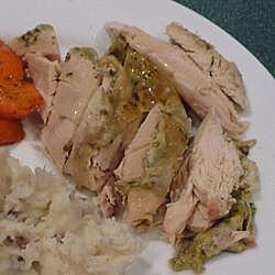 Pollo al horno con hierbas frescas