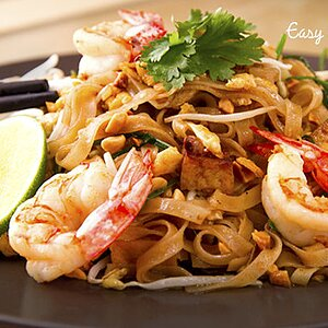 Pad Thai de camarón (Fideos fritos estilo Thai)