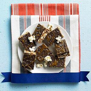 Caramel and Chocolate Kettle Corn Crispie Bars
