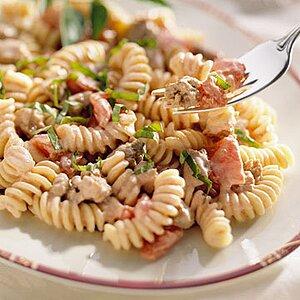 Creamy Sausage-Tomato Rotini
