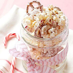 Candy Cane Snack Mix