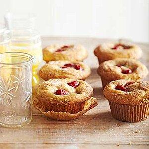 Sour Cream-Raspberry Muffins