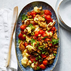 Roasted Cauliflower and Tomatoes with Olives and Garlic Breadcrumbs