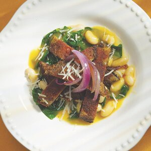 Portobello Paillards with Spinach, White Beans & Caramelized Onions