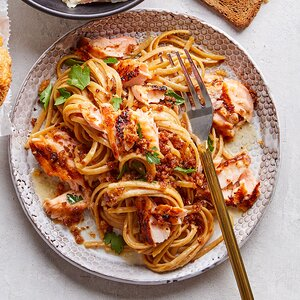 Lemon-Garlic Pasta with Salmon