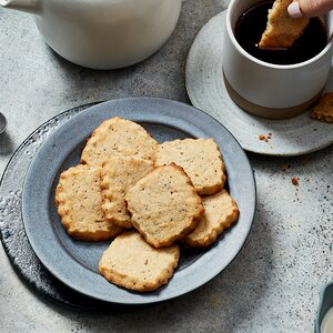Spiced Poppy Seed Shortbread Cookies