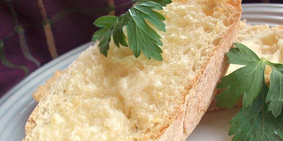 the best garlic bread recipe