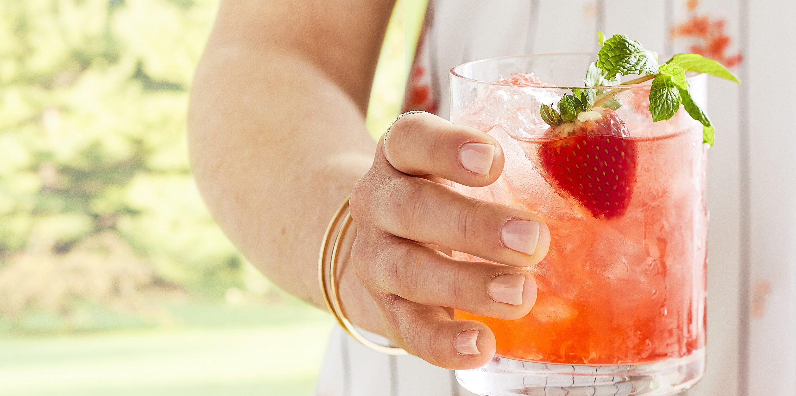 summertime strawberry mojito recipe