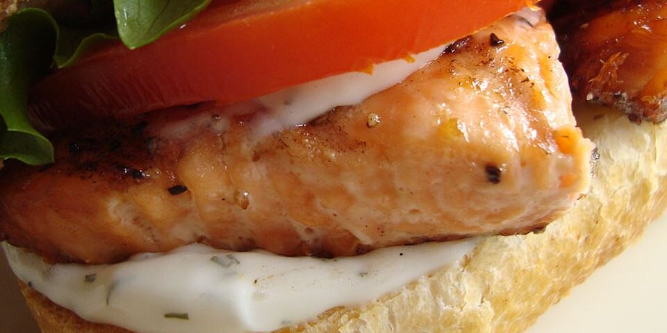 grilled salmon sandwich with dill sauce recipe