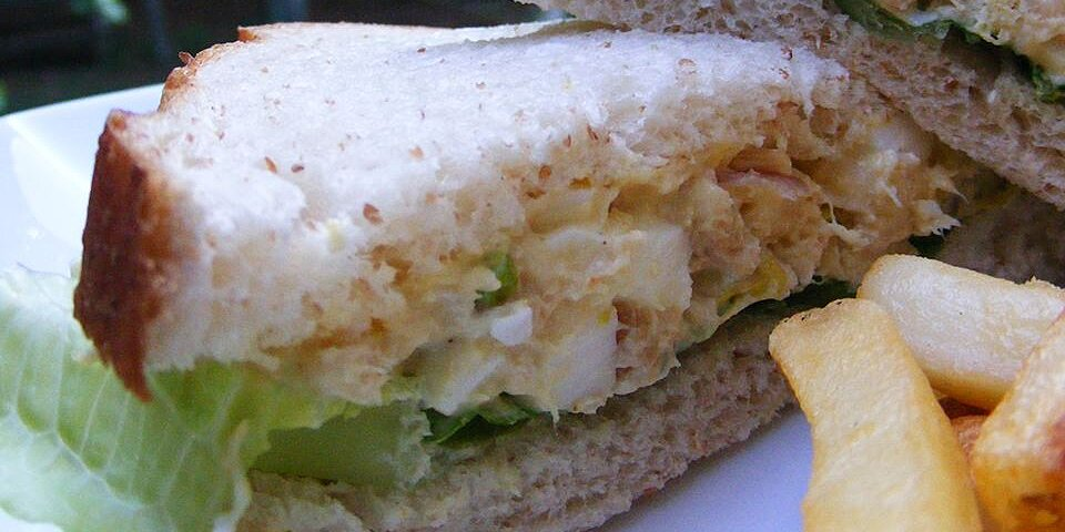 curry chicken salad with eggs recipe