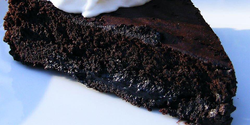 back to warm flourless chocolate cake with caramel sauce recipe
