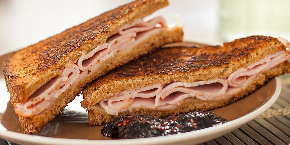 sweet and spicy turkey sandwich