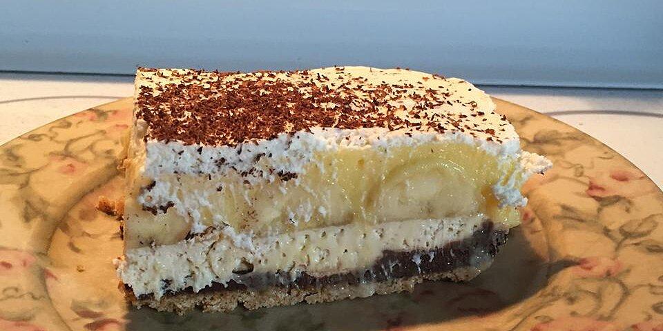 5 layer chocolate banana pudding pie