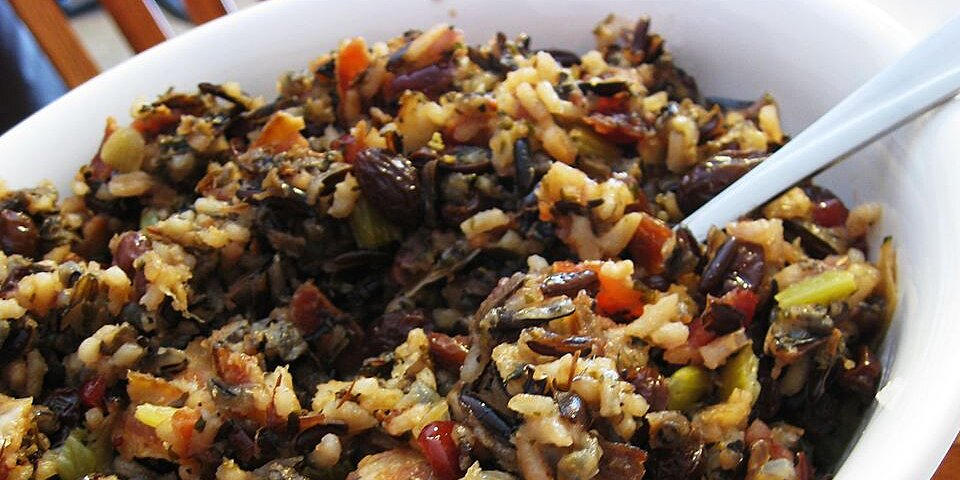 wild rice stuffing with apples herbs and bacon