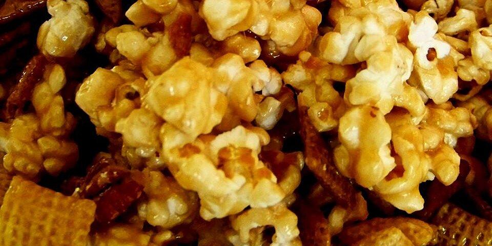 caramel corn snack mix recipe