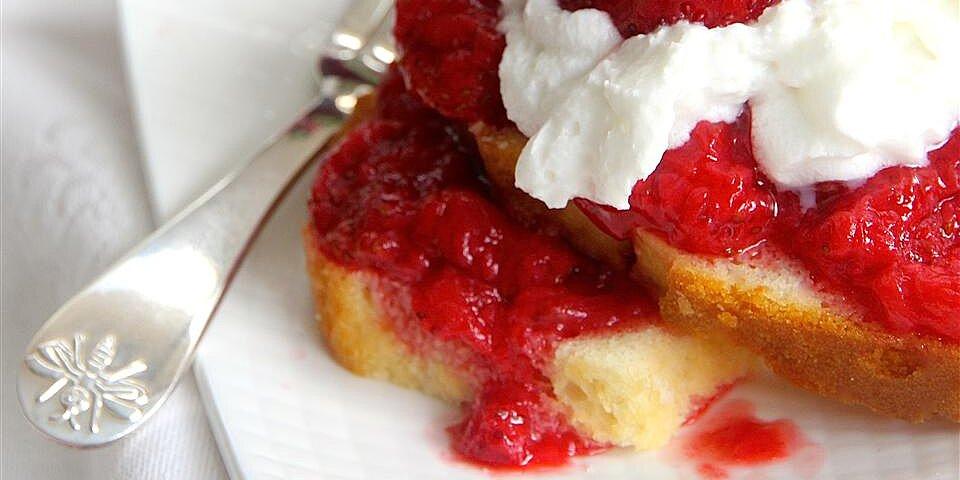 super easy microwave strawberry jam recipe