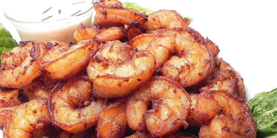 goong tod kratiem prik thai prawns fried with garlic and white