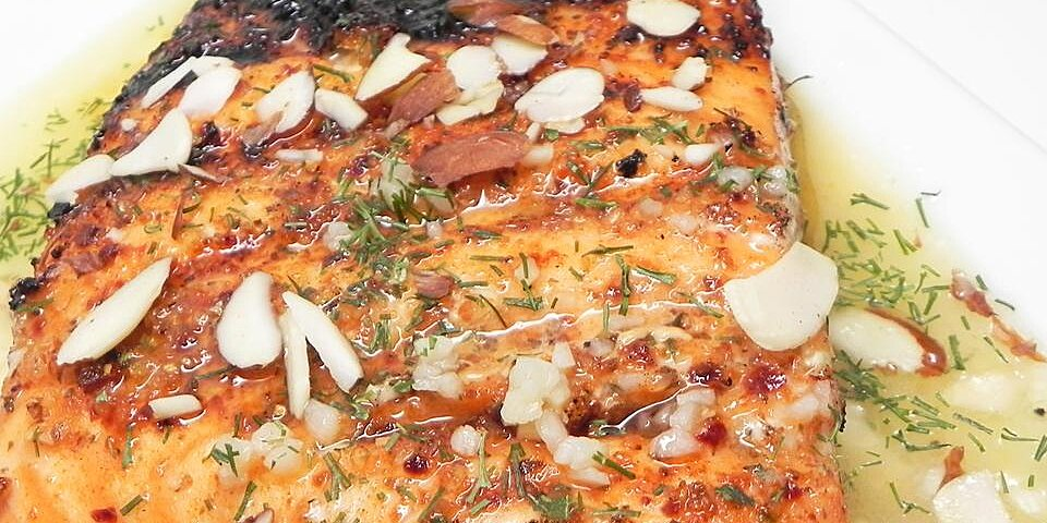 Lemon Dill Salmon with Garlic  White Wine  and Butter Sauce
