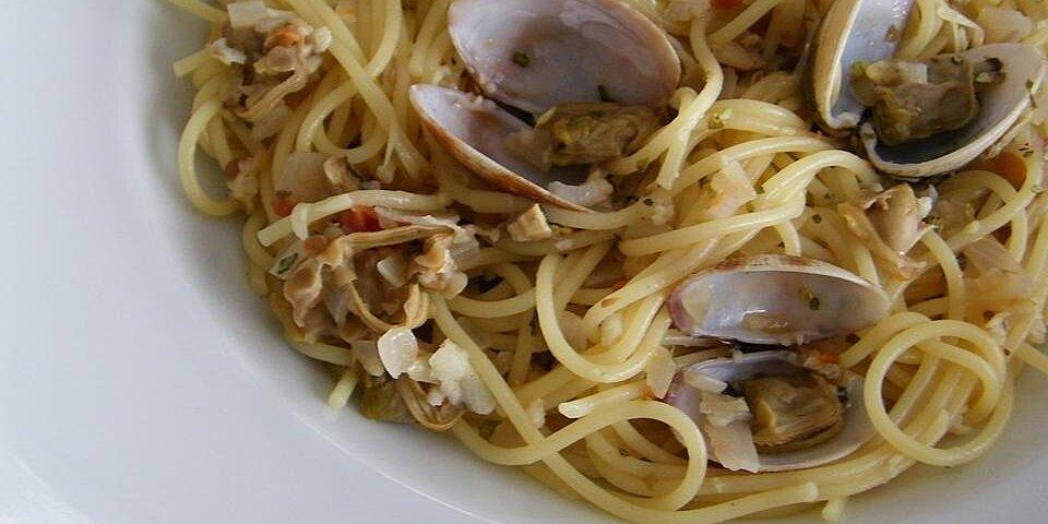 spaghetti and clams recipe