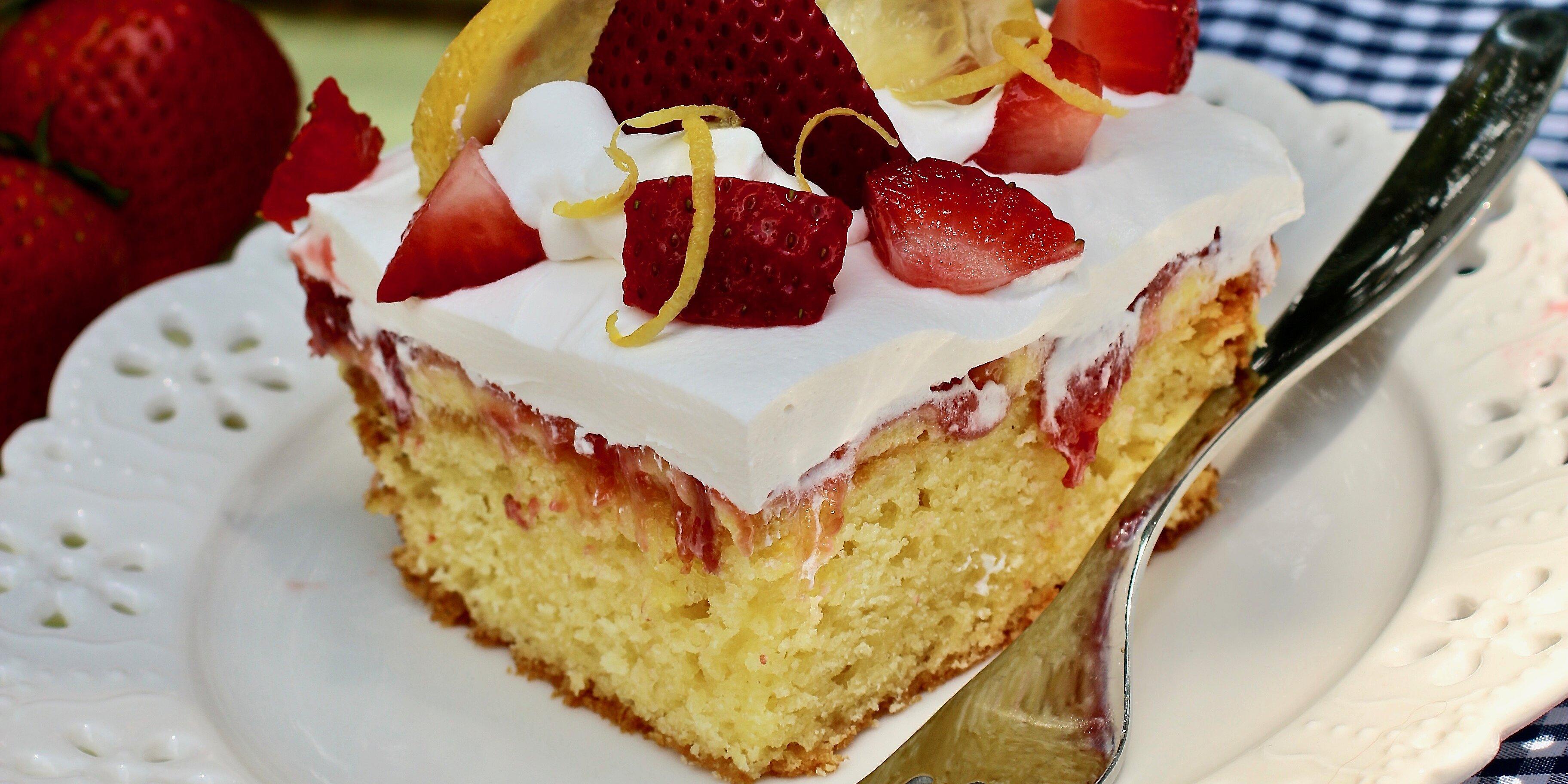 strawberry lemon poke cake recipe