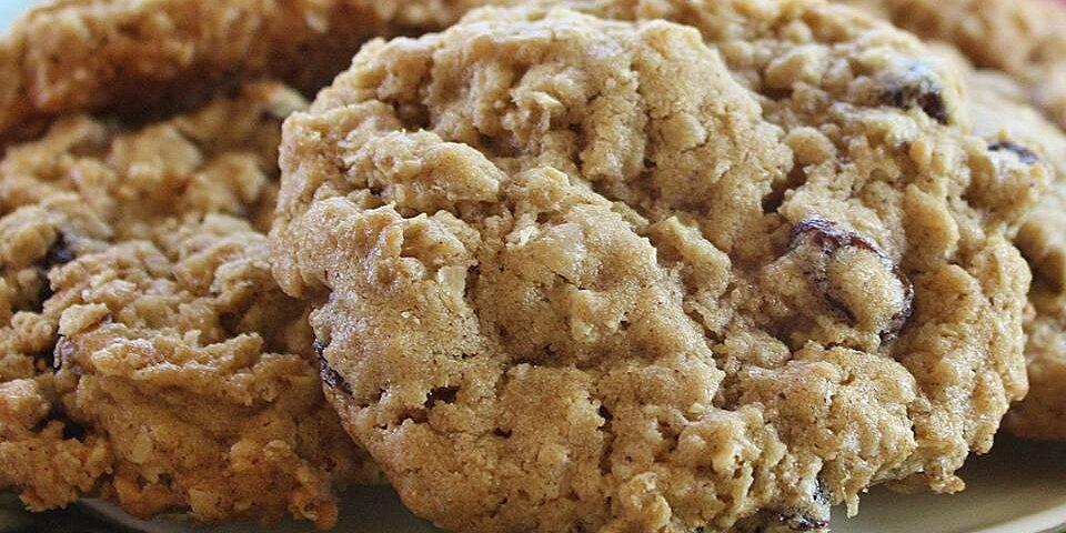 beths spicy oatmeal raisin cookies recipe