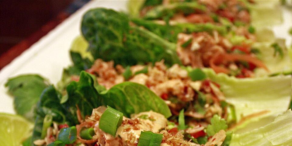 thai spicy tuna lettuce wraps