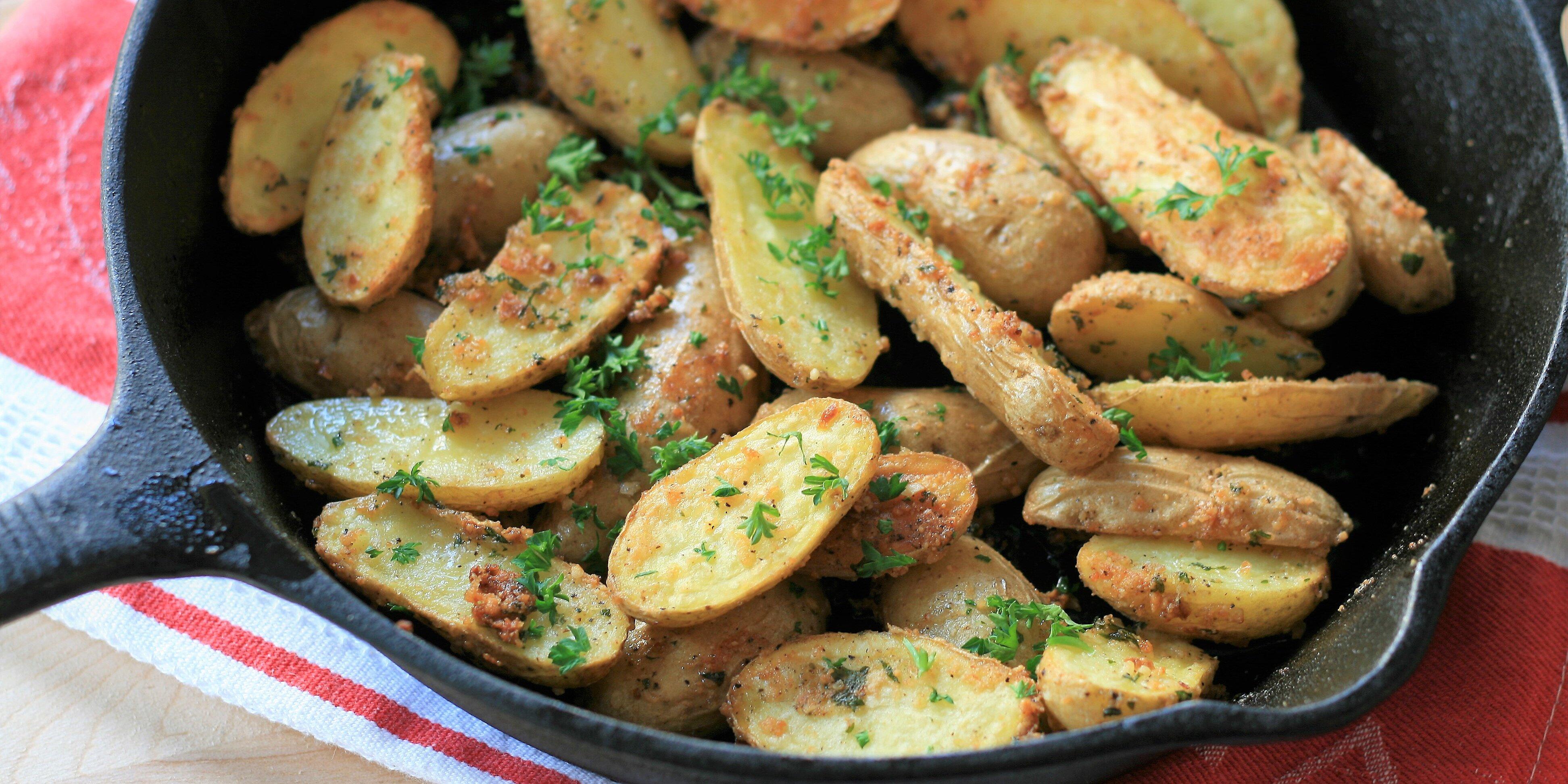 roasted garlic parmesan fingerling potatoes recipe